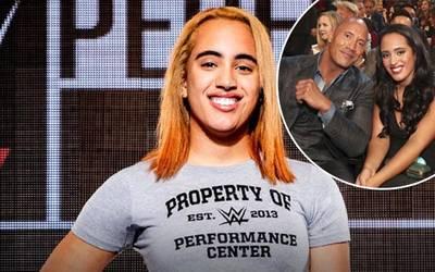 """Photo of Hija de """"La Roca"""" Johnson firma contrato con la WWE"""