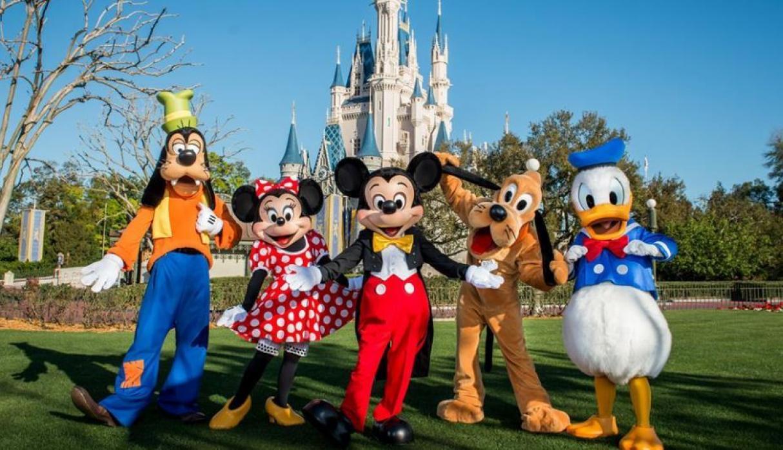 Photo of Sin abrazos y sin desfiles, así volverán a abrir Disney World