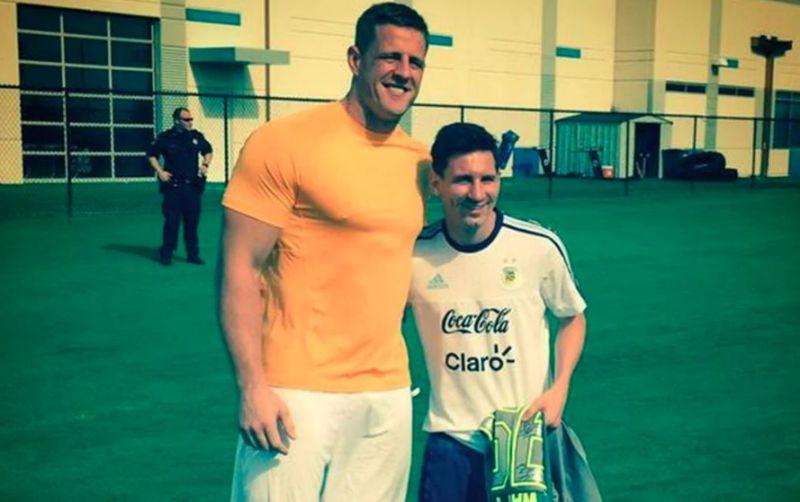 Photo of Jugador de la NFL le pide a Messi que fiche con el Chelsea