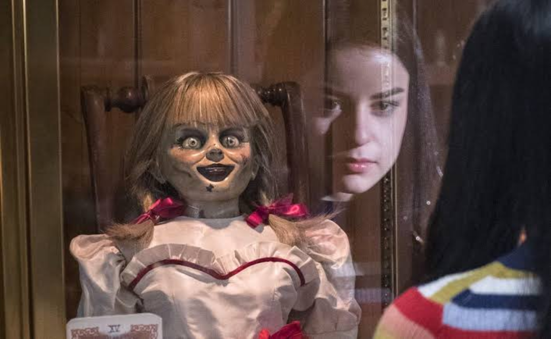 """Photo of Twitter se llenan de miedo con la """"desaparición"""" de Annabelle"""