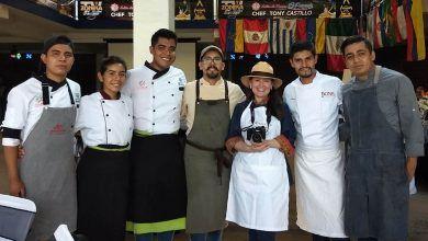 "Photo of El chef Tony Castillo recibe el ""International Chef of the year 2020"""