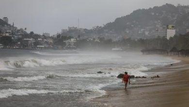 """Photo of Anuncian cierre de puertos por huracán """" #Genevieve """""""