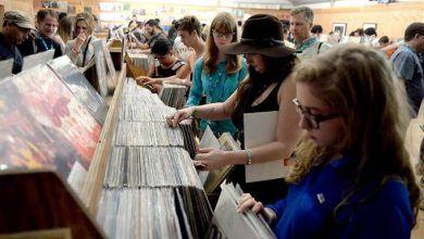 """Photo of Hace felices el """"Record Store Day"""" a los mexicanos"""