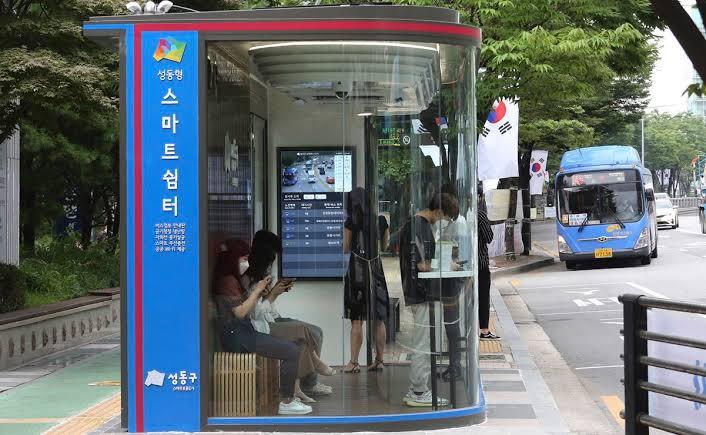 Photo of Corea del Sur fortifica las paradas de autobús contra el Covid-19