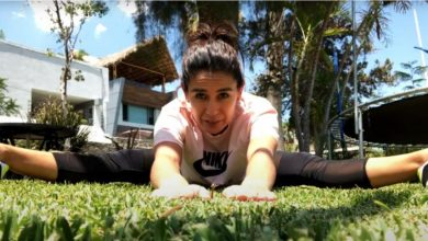 Photo of Paola Espinosa, maestra de educación física en clases a distancia