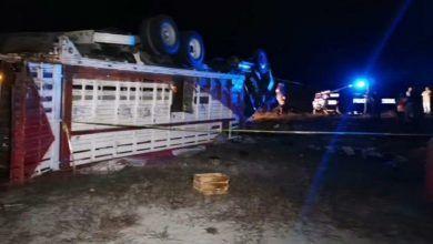 Photo of Vuelca camión que transportaba desayunos escolares; hay 5 lesionados