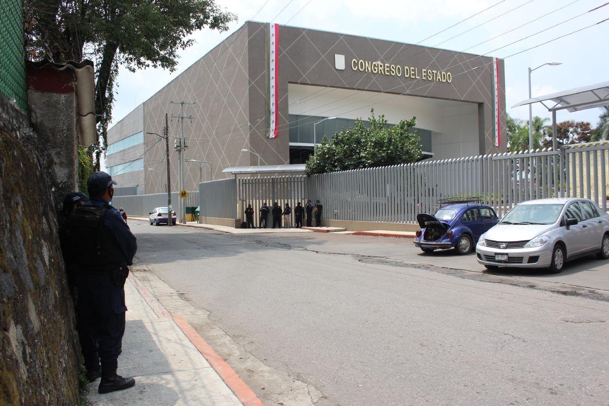 Photo of Listos, recursos para apoyar a familias de policías fallecidos en acción
