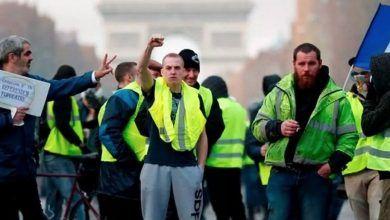 Photo of Chalecos amarillos vuelven a manifestarse en Francia