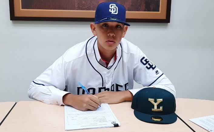 Photo of Padres de San Diego firman a prospecto mexicano; lanza a 148 km/h