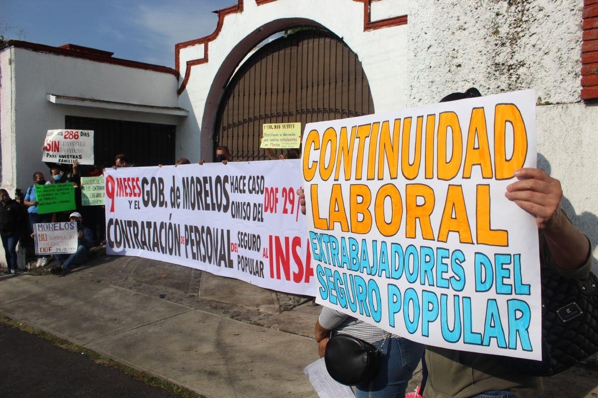 Photo of Despedidos del Seguro Popular cumplieron su advertencia