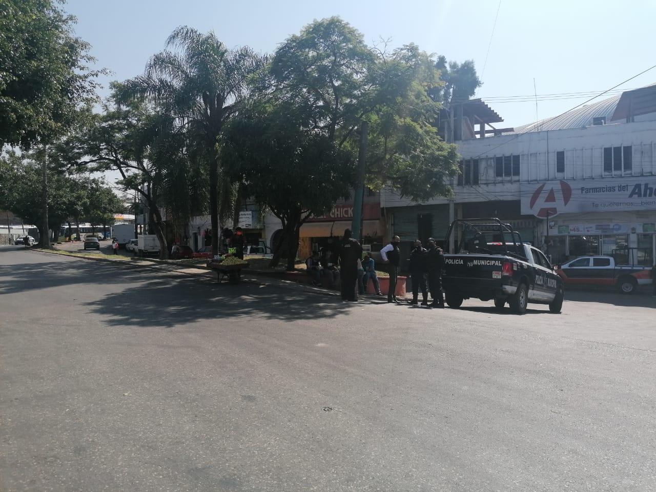 Photo of Mantienen bloqueo vecinos de Gualupita con dirección al centro de Cuernavaca