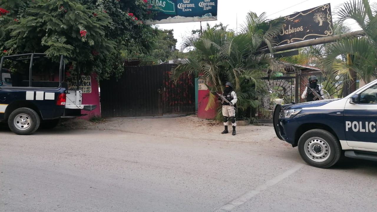 Photo of Identifican a los tres hombres que fueron asesinados en un bar en los  Ejidos de Acapantzingo de Cuernavaca