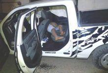 Photo of Delincuentes llevaban un cadáver en una camioneta