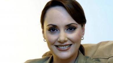 Photo of ¿Quién es Lilly Téllez, la senadora que inició como periodista?