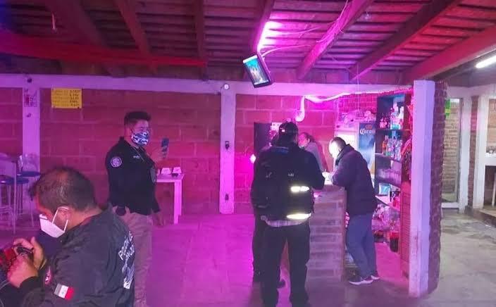 Photo of Rescatan a 11 mujeres víctimas de trata en bar del Edomex