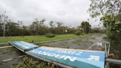 """Photo of Cancún intenta recuperar la normalidad luego del paso de """"Delta"""""""